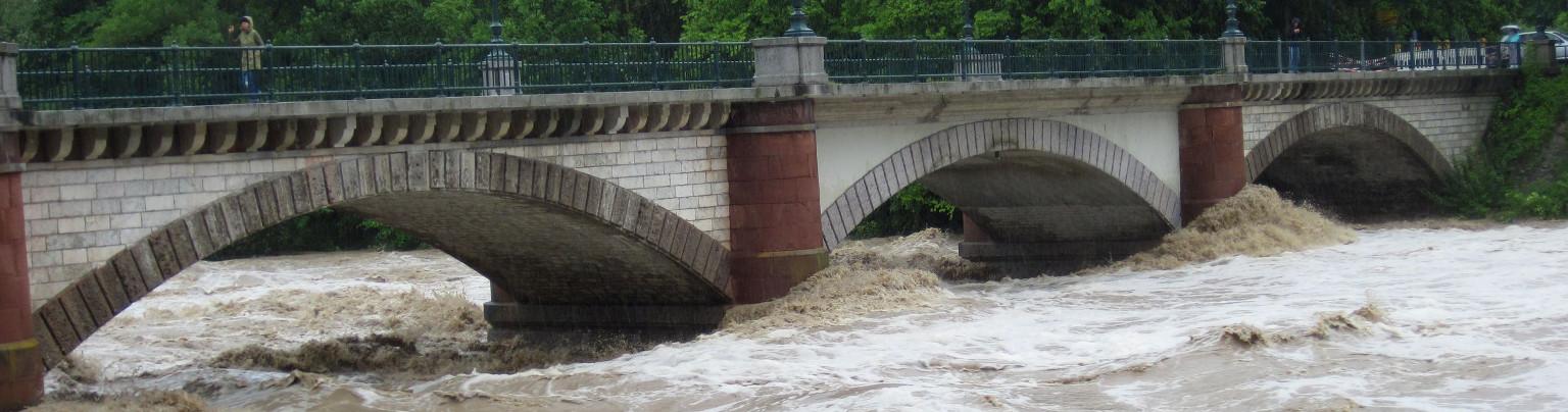Infrastructure radio SCORPION de collecte de données hydrométriques pour système de prévision des crues
